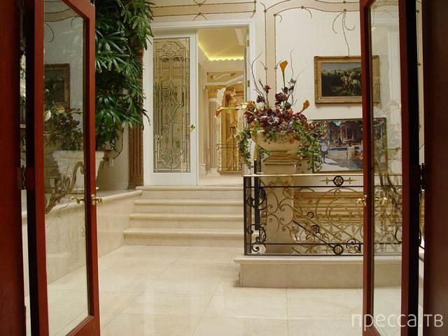 Дом-дворец бывшего министра здравоохранения Азербайджана (12 фото)