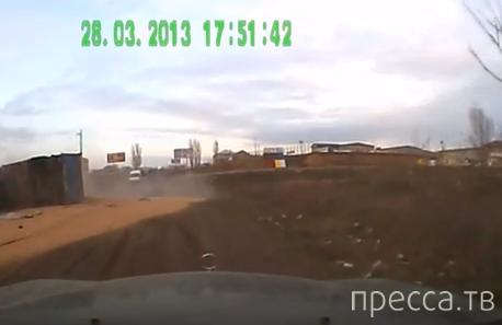 """Один человек погиб! Столкновение """"Жигулей"""" и фуры с зерном на Объездной дороге в Одессе. Жесть!!!"""