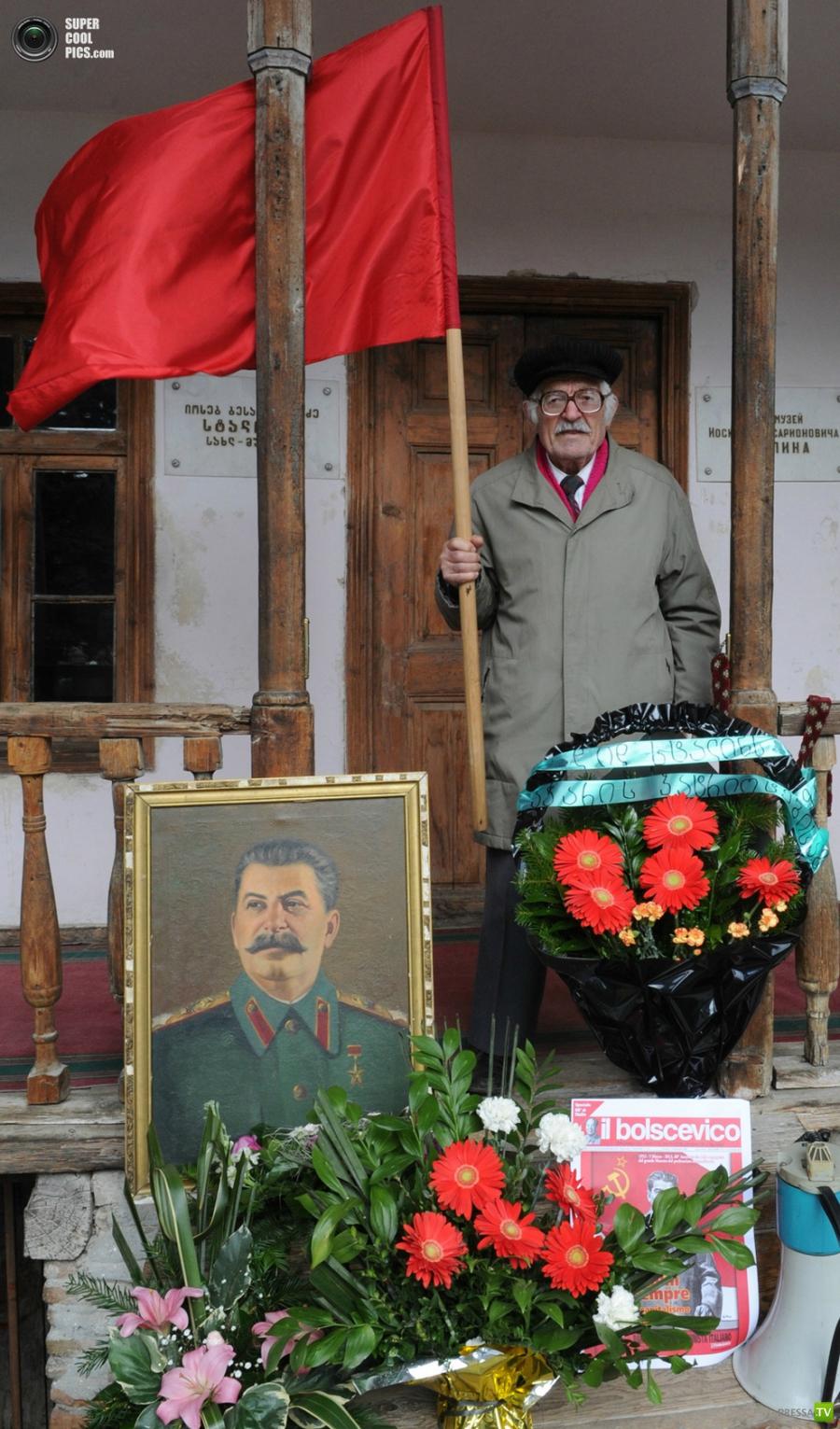 5 марта 2013 года исполнилось ровно 60 лет со дня смерти И. В. Сталина (10 фото)