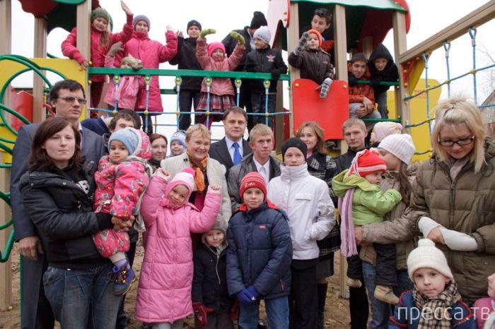 Журналистка Екатерина Винокурова оскорбила многодетную мать (7 фото)