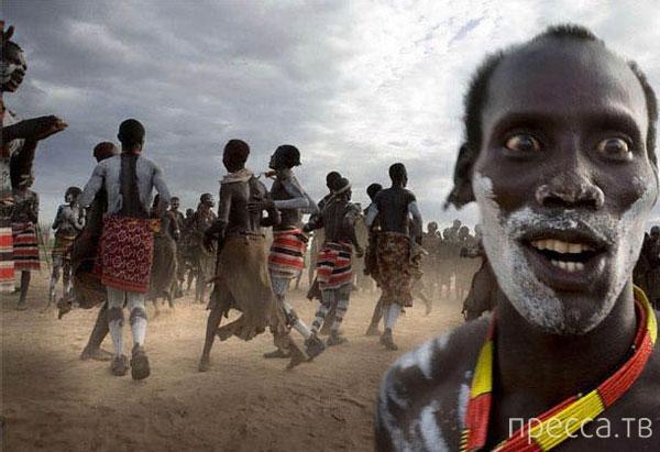 Одного путешественника казнили в Центральной Африке, обвинив его в «воровстве пенисов» путём «магического рукопожатия»...