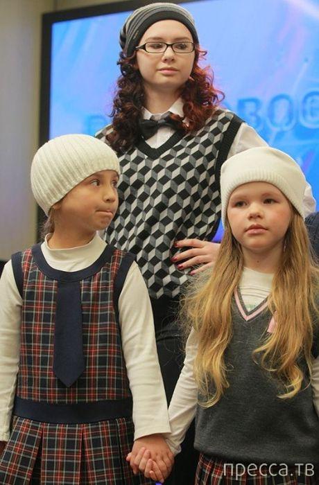 Новая школьная форма для учащихся младших классов от дизайнера Вячеслава Зайцева (13 фото)