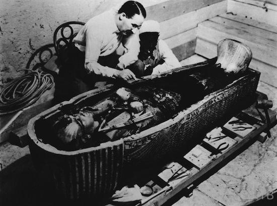 Проклятию гробницы Тутанхамона исполнилось 90 лет (3 фото)