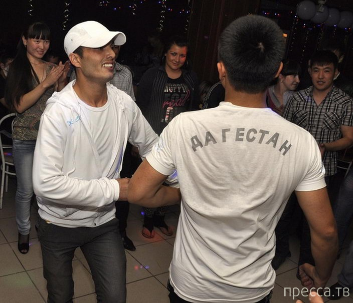 """Самое злачное место Омска - кафе """"Эверест"""" (32 фото)"""