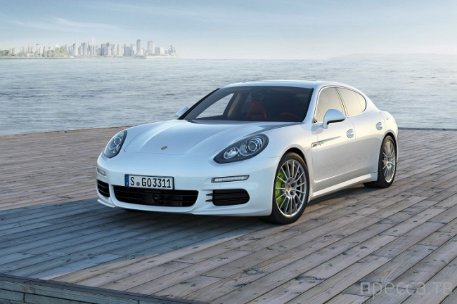 Рассекреченный Porsche Panamera (9 фото)