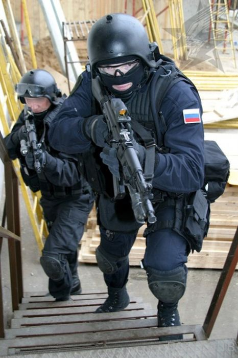 Кого берут в спецназ ФСБ (7 фото)