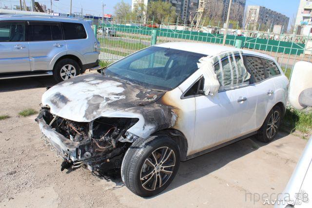 """Самовозгорание """"Мазды"""" на дороге в Астрахани..."""