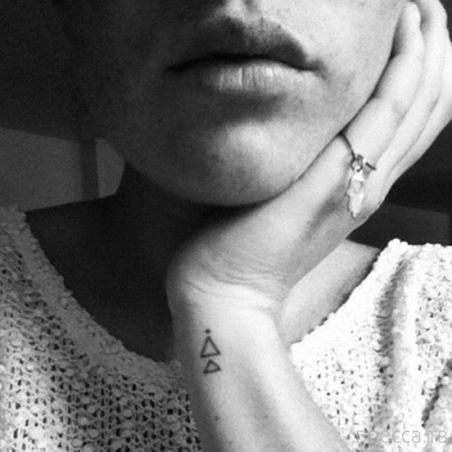 Миниатюрные татуировки (65 фото)