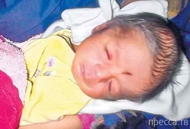 Дедушка продал новорожденного внука через Facebook за 830 долларов (3 фото)