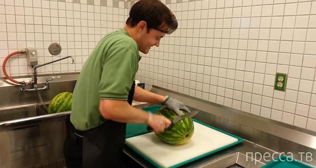 Как нарезать арбуз за 30 секунд (фото + видео)
