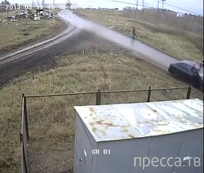 Пьяный водитель  Chevrolet Aveo сбил насмерть женщину на обочине... Солнечный район, Красноярск