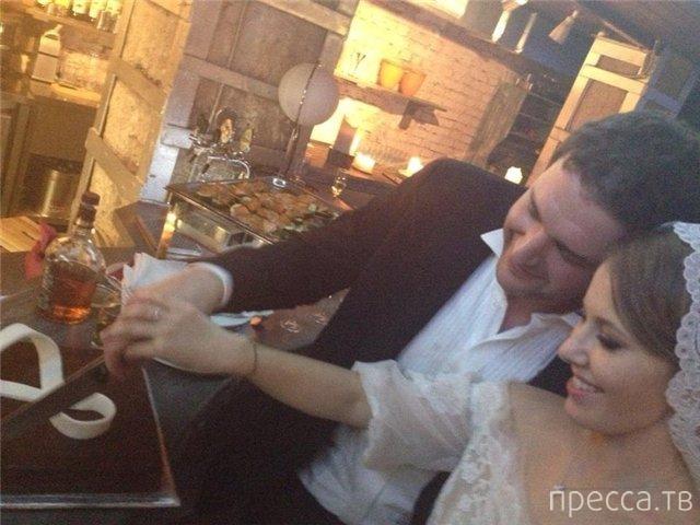 """Ксения Собчак: """"Мне всегда не хватало любви..."""" (3 фото)"""