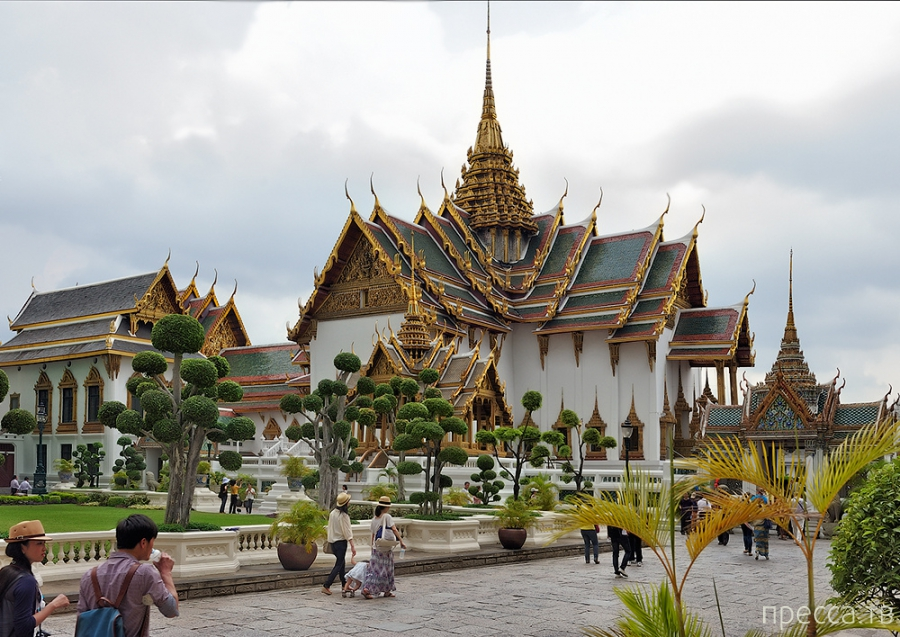 Таиланд - Бангкок. Храм Изумрудного Будды (29 фото)