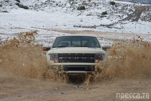 Новинка 2013 - Ford F-150 SVT Raptor Supercrew (20 фото + видео)