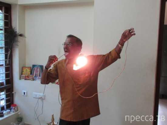 Раджа Мохан Наир (Raj Mohan Nair) - электрочеловек (3 фото + видео)