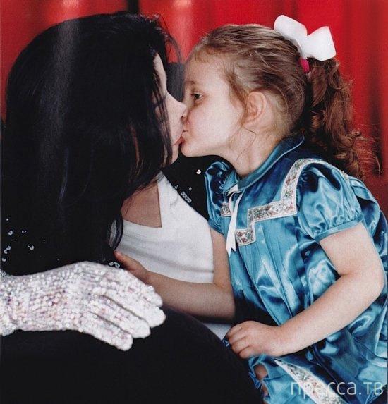Дочь Майкла Джексона вскрыла себе вены (7 фото)