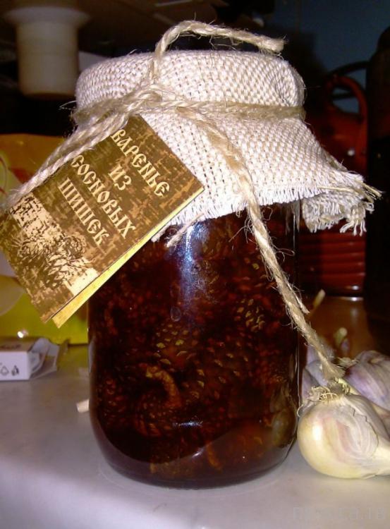 Варенье из сосновых шишек (4 фото)