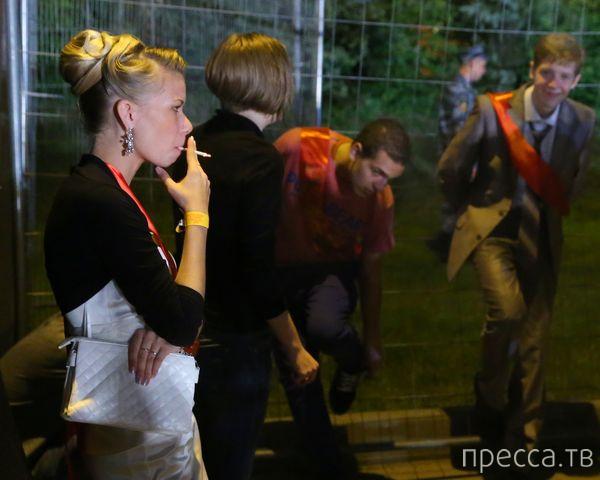 Выпускные балы - 2013 (37 фото)
