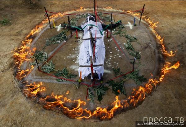 Изгнание демонов и бесов в Колумбии (10 фото)
