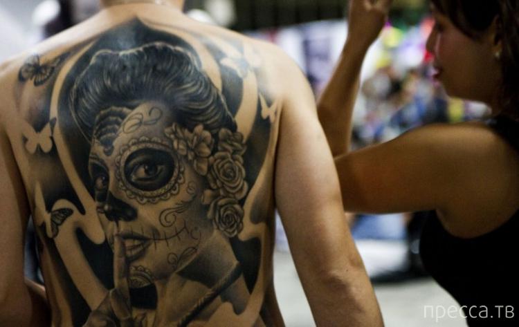 В Медельине, Колумбия, проходит четвертый всемирный съезд татуировщиков (11 фото)
