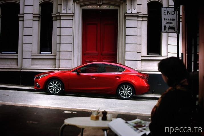Новинка 2014.  Хэтчбек нового поколения Mazda 3 (9 фото)