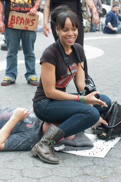 Как женские газы помогут принести мир во всем мире? Шок!!! (19 фото)