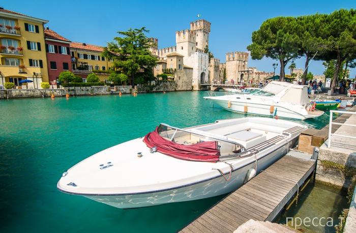 Озеро Гарда. Сирмионе. Солнечная Италия (20 фото)