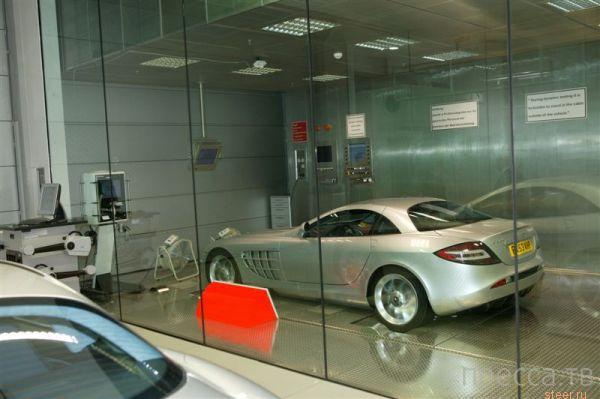 Как собирают Mercedes-Benz SLR (8 фото + видео)