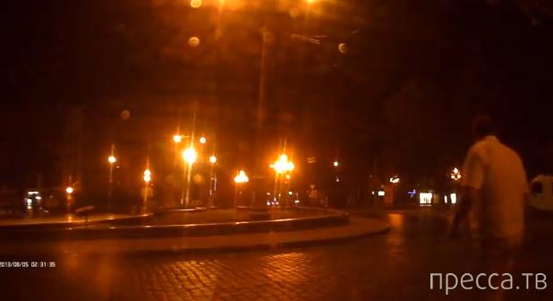 """Столкновение """"Порше"""" и маршрутки... Проспект Свободы, Львов"""