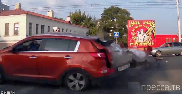 Тойота Камри очень спешил и на красный свет влетел в КИА... ДТП в Тамбове