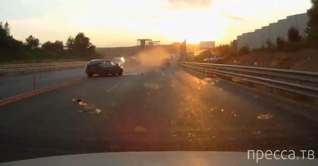 Два человека погибли... Страшное ДТП на Новорижском шоссе, Москва. Жесть!!!