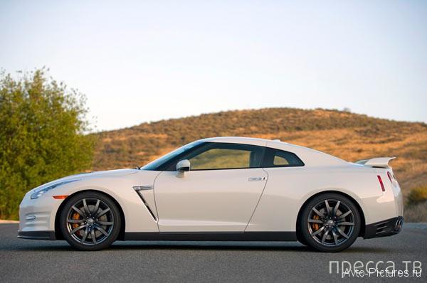 Мечта любого мужчины - Nissan GT-R 2014 (24 фото)