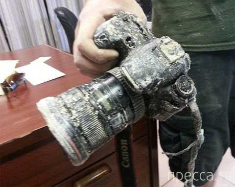 Спустя 8 месяцев аллигаторы вернули фотографу съеденную камеру (фото + видео)