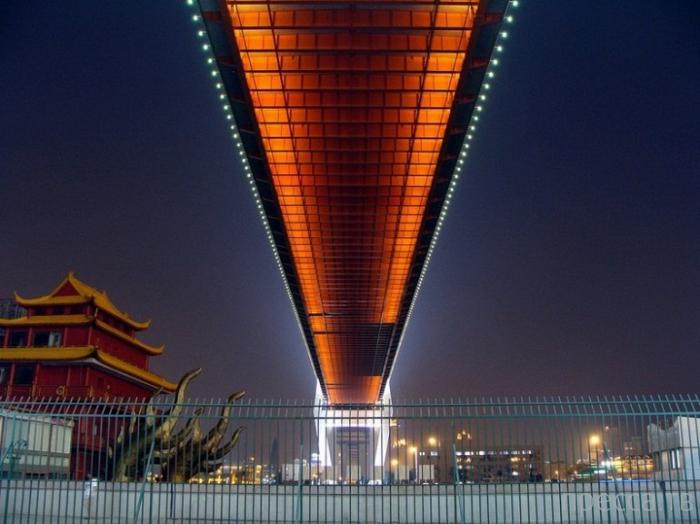 Мост Нанпу через реку Хуангпу: чудеса китайских технологий (9 фото)