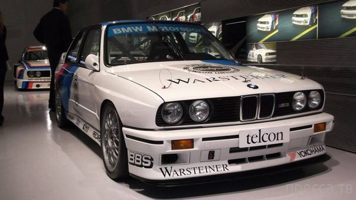 Музей BMW в Мюнхене (21 фото)