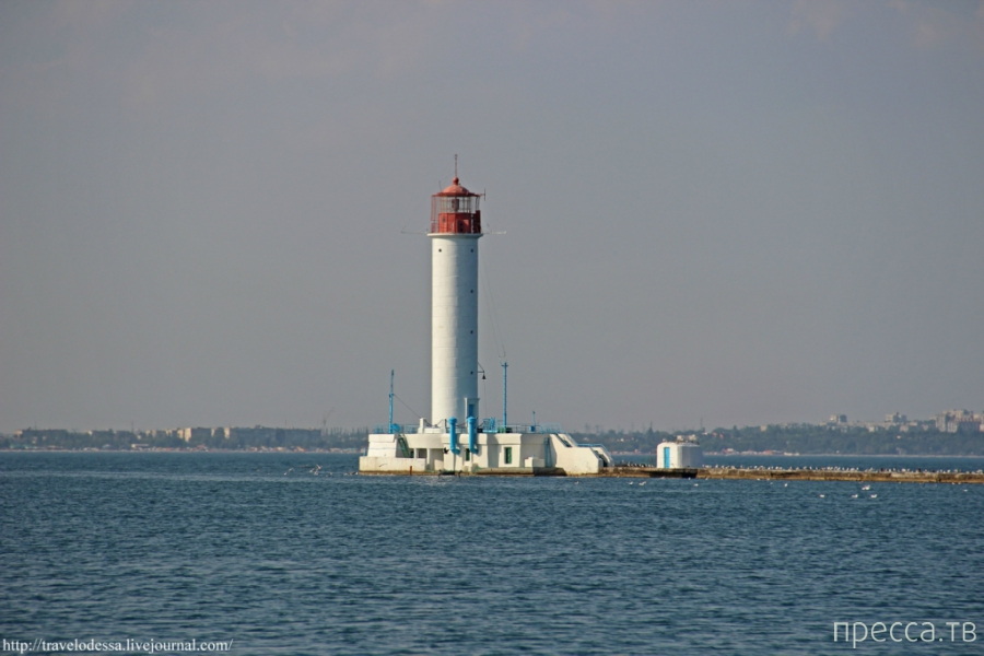 Воронцовский маяк - один из символов Одессы (17 фото)