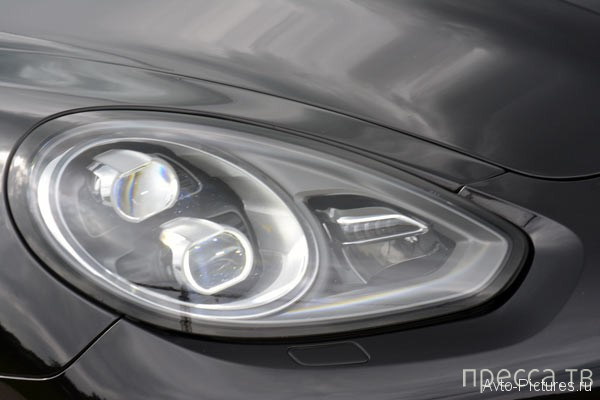 Роскошный автомобиль повышенной комфортности Porsche Panamera 4S Executive - 2014 (21 фото)