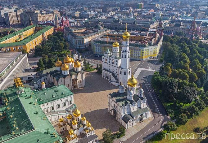 Московский Кремль с высоты (23 фото)