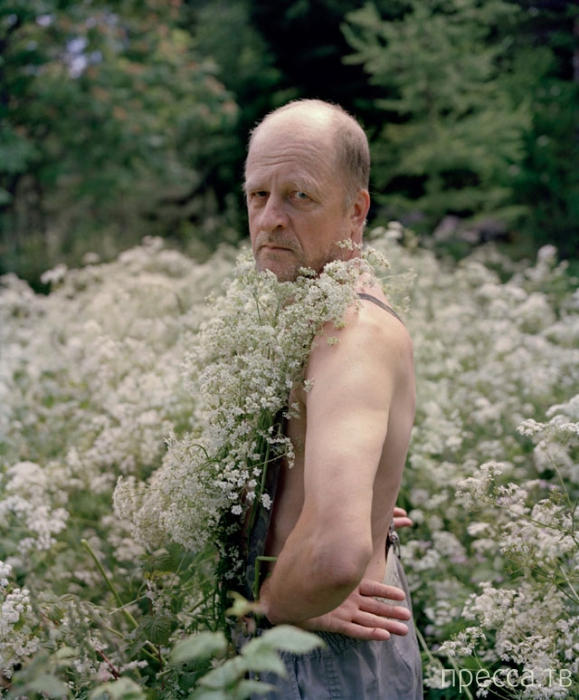 Сумасшедшие наряды из растительности (14 фото)