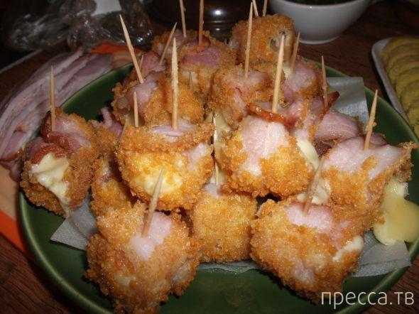 Вкуснятинка: Сырные кубики в панировке (11 фото)
