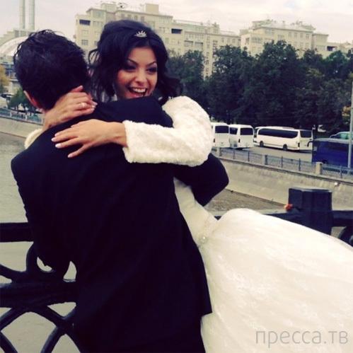 Солист «Корней» Алексей Кабанов женился на красавице-армянке (3 фото)