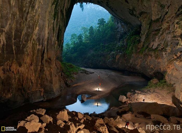 """Самая большая в мире пещера -""""Son Doong"""" открылась для туристов (11 фото)"""