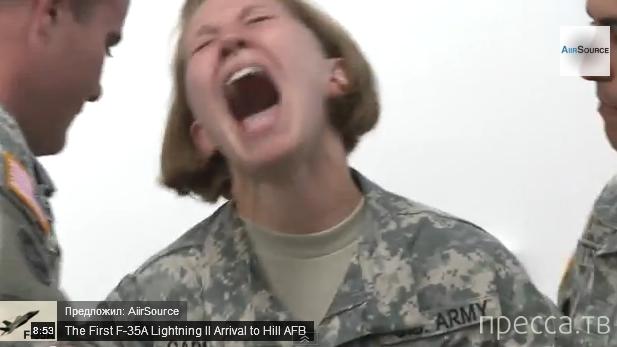 Аляска. Офицеры военной полиции испытывают электрошокеры на себе (видео)