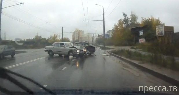 """У """"Волги"""" отказали тормоза... ДТП в Иваново"""