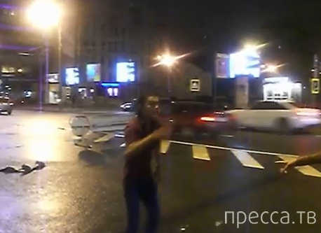 Пьяный иностранец на Арбате... Москва
