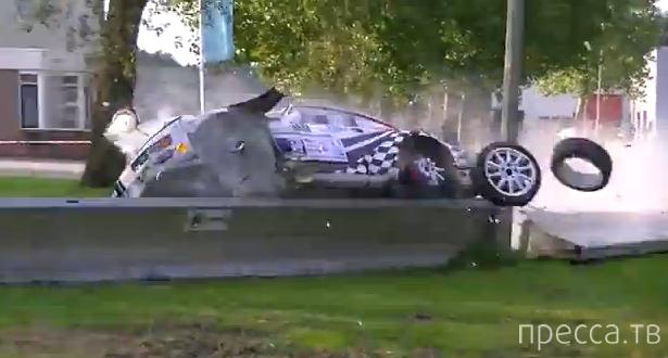 """Porsche-911"" до финиша не доехал... ДТП на Hellendoorn Rally, Голландия"