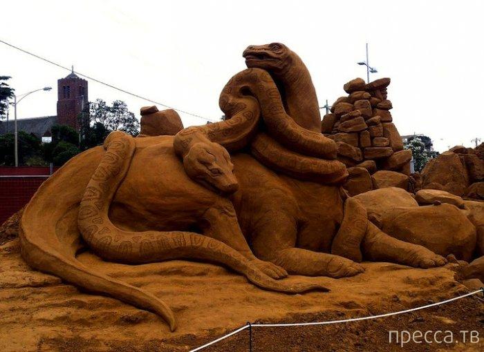 Гигантские скульптуры из песка Сюзанны Руселер (15 фото)