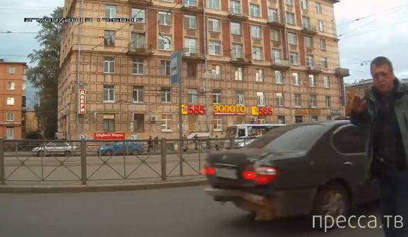 Пьяные и буйные офицеры полиции устроили дебош, разбили лобовое стекло... Санкт-Петербург