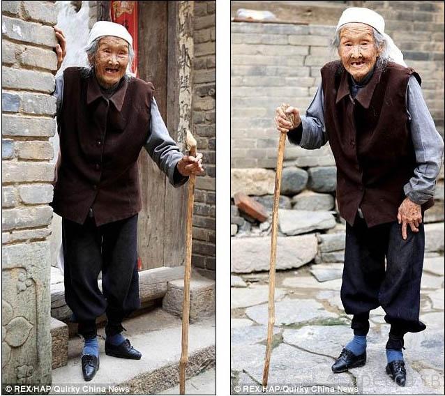 """102-летняя китаянка Хан Юани - последняя женщина с """"лотосовыми ножками"""" (5 фото)"""