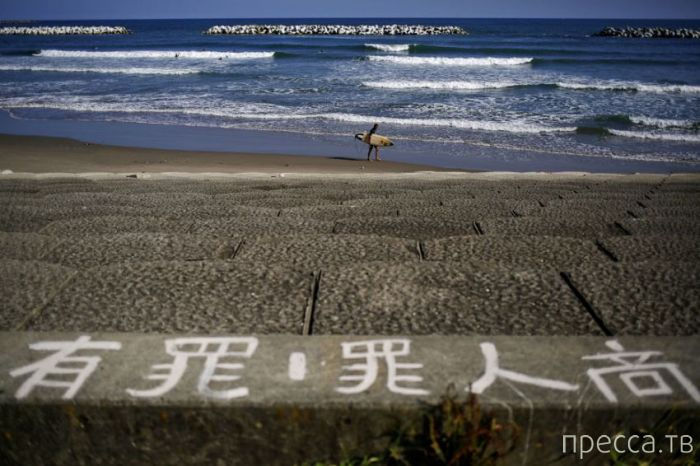 Покинутый японский город Намиэ, недалеко от АЭС Фукусима (20 фото)